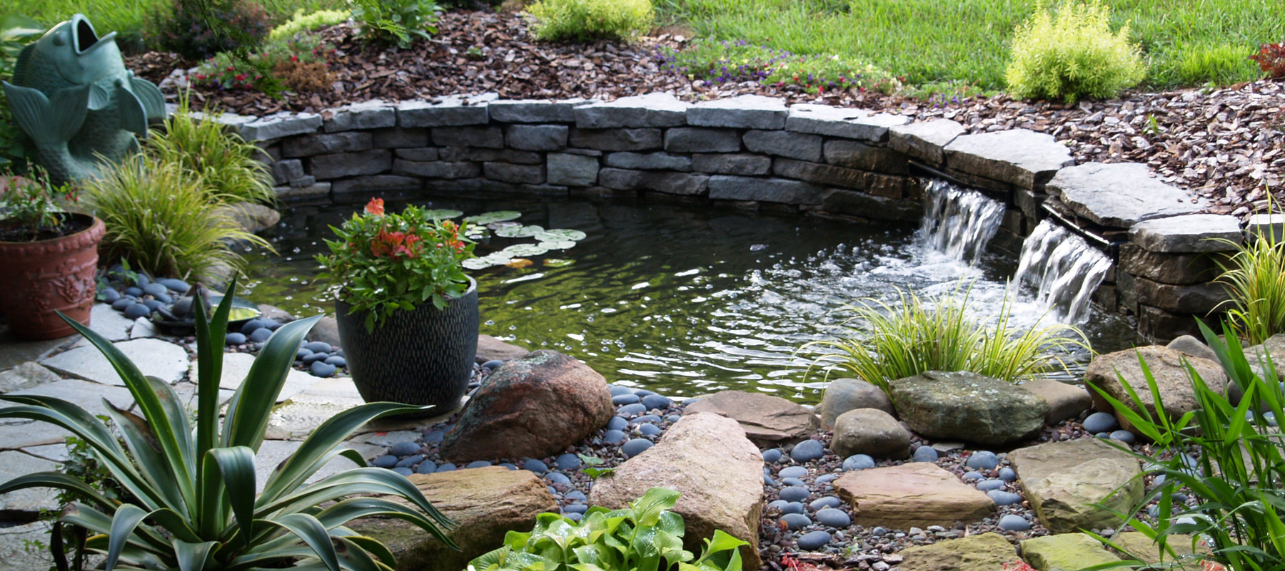 Garden-Ponds-Water-Features-Dursley